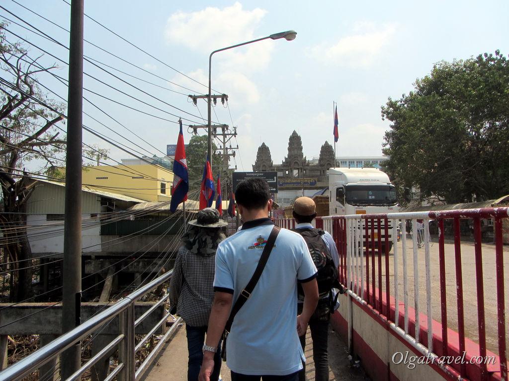 Идем из Тая в Камбоджу