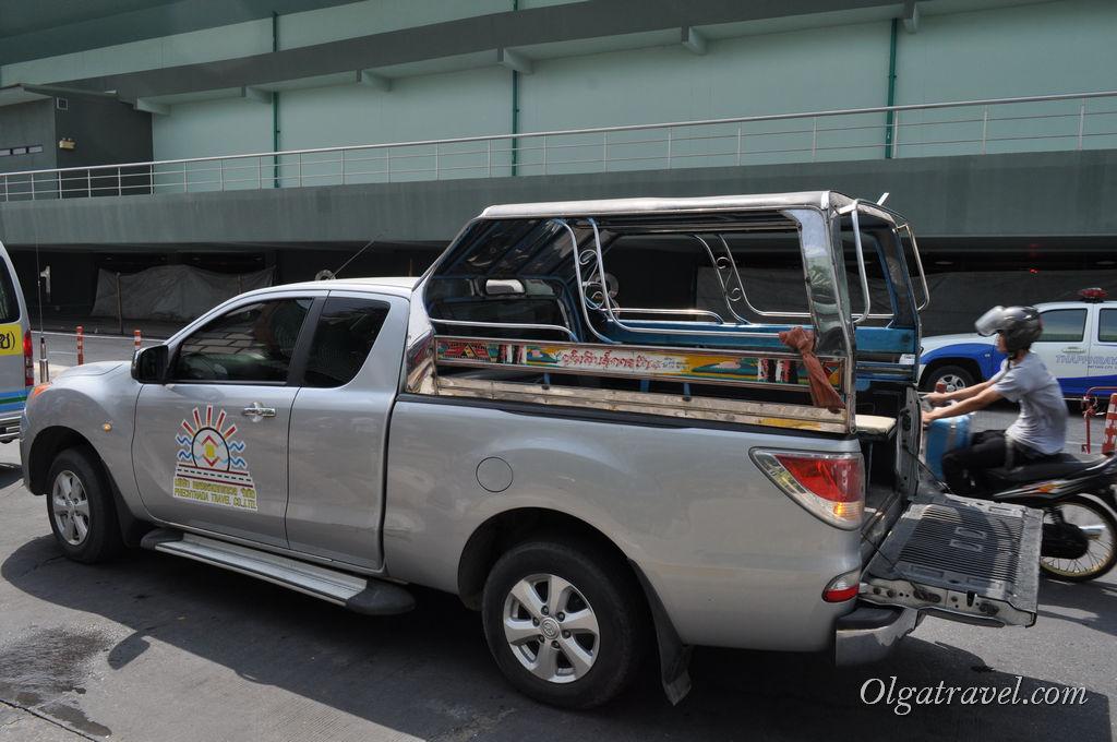 Сонгтео в Паттайе при неправильном использовании может из общественного транспорта превратиться в такси!