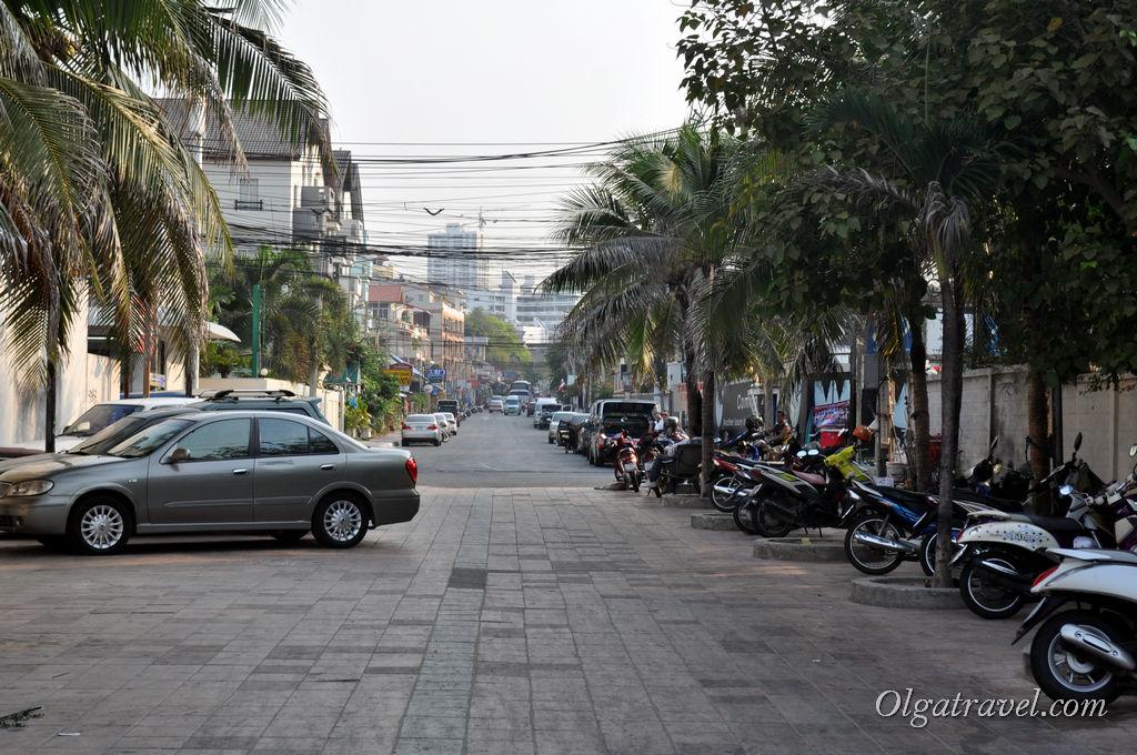 Улица района Пратамнак
