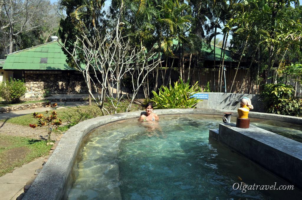 Горячий бассейн в отеле Pai Hot Spring and Spa