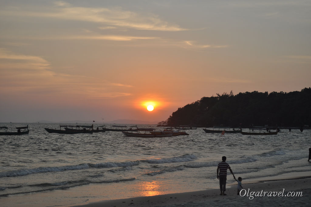 Великолепные закаты в Сиануквиле