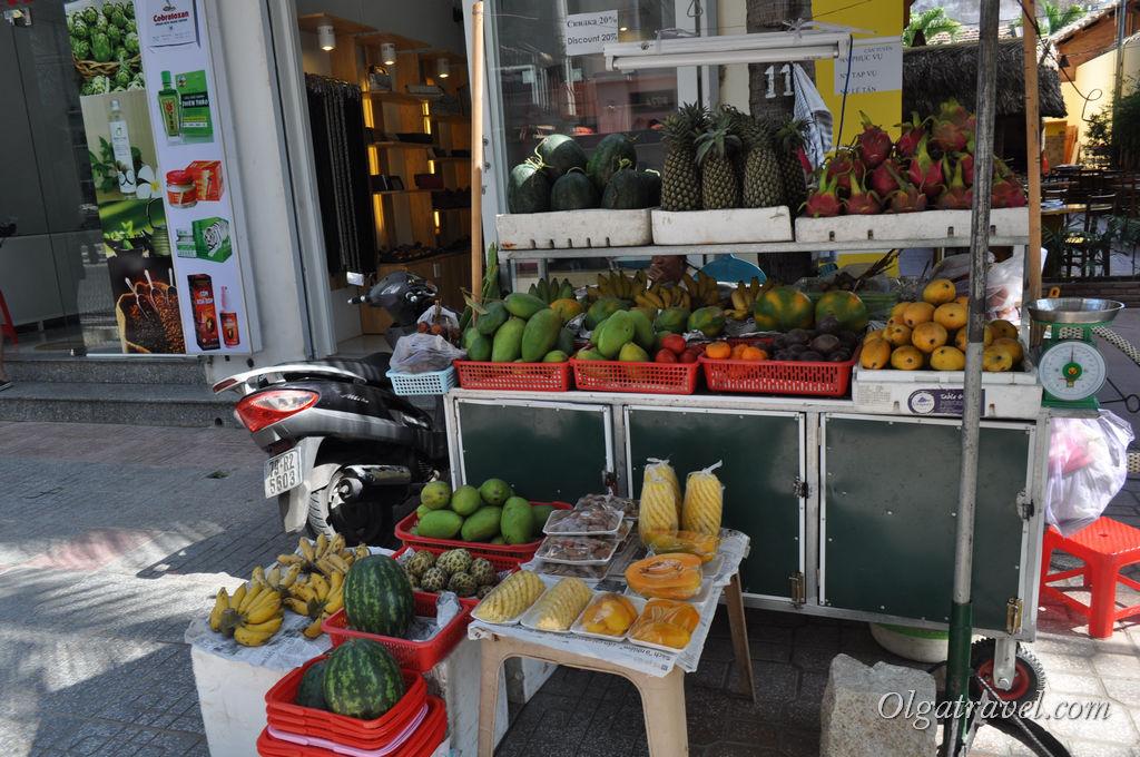 Нячанг фрукты