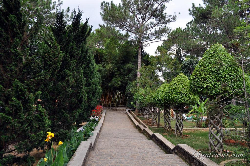 монастырь Далат