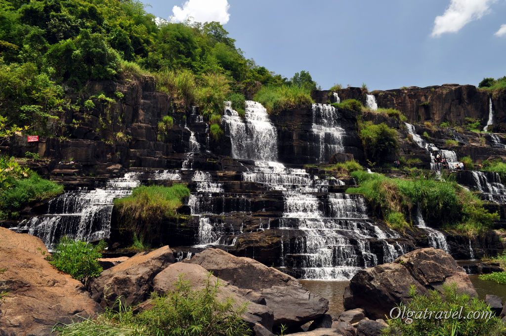 Dalat_Pongour_waterfall_16