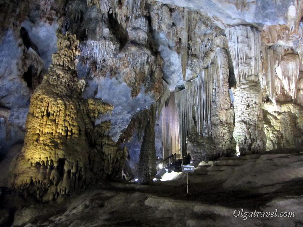 Вьетнам пещеры