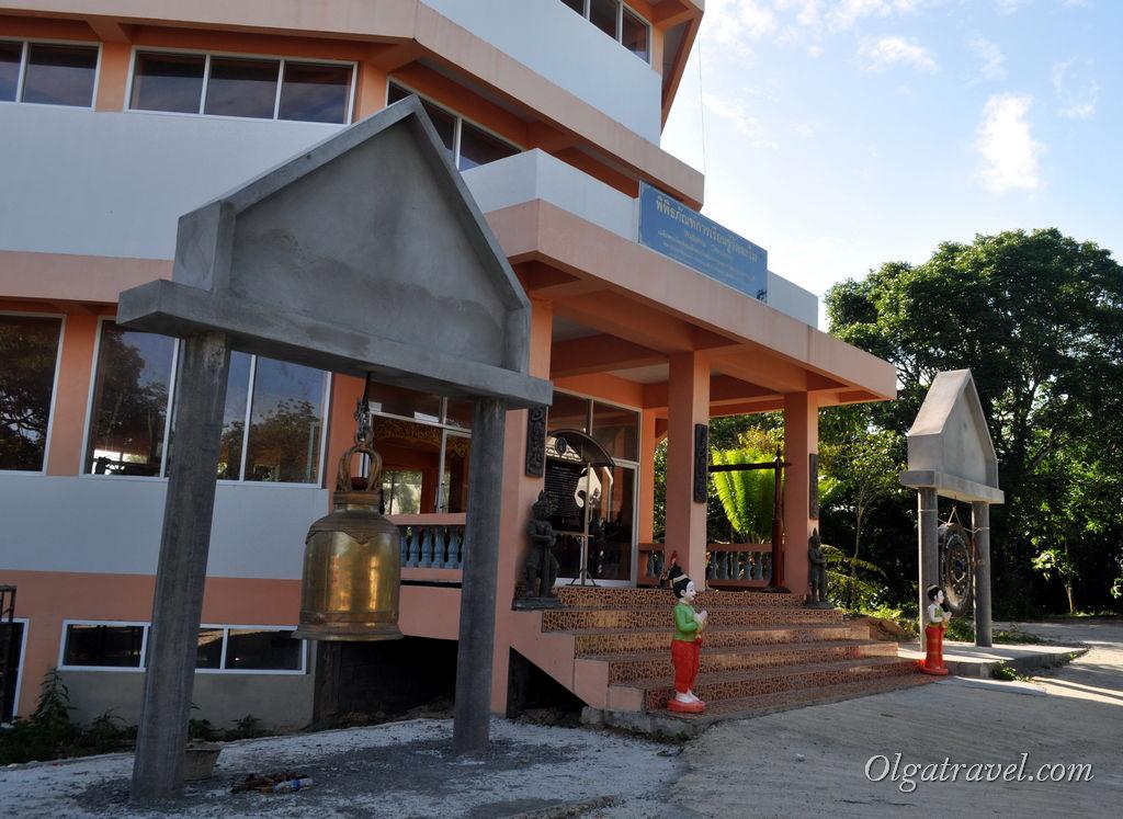 Самуи музей в горах