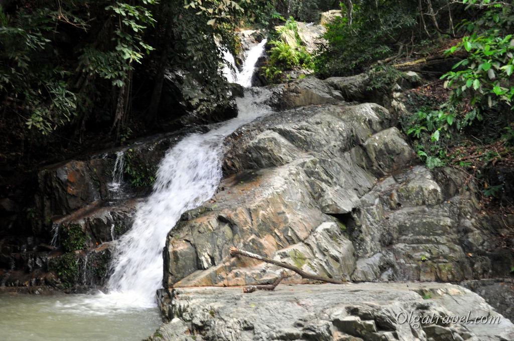 Самуи водопад Кхун Си
