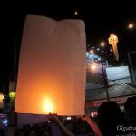 Праздники Ей Пенг и Лой Кратонг в Чианг Май. Много фото, видео