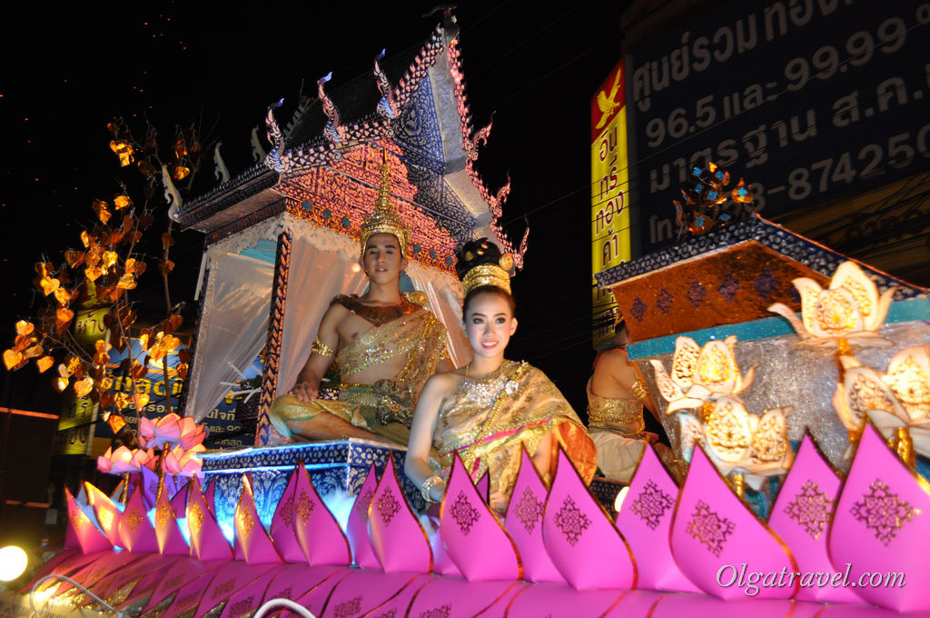 Chiang_Mai_Loi_Kratong_39