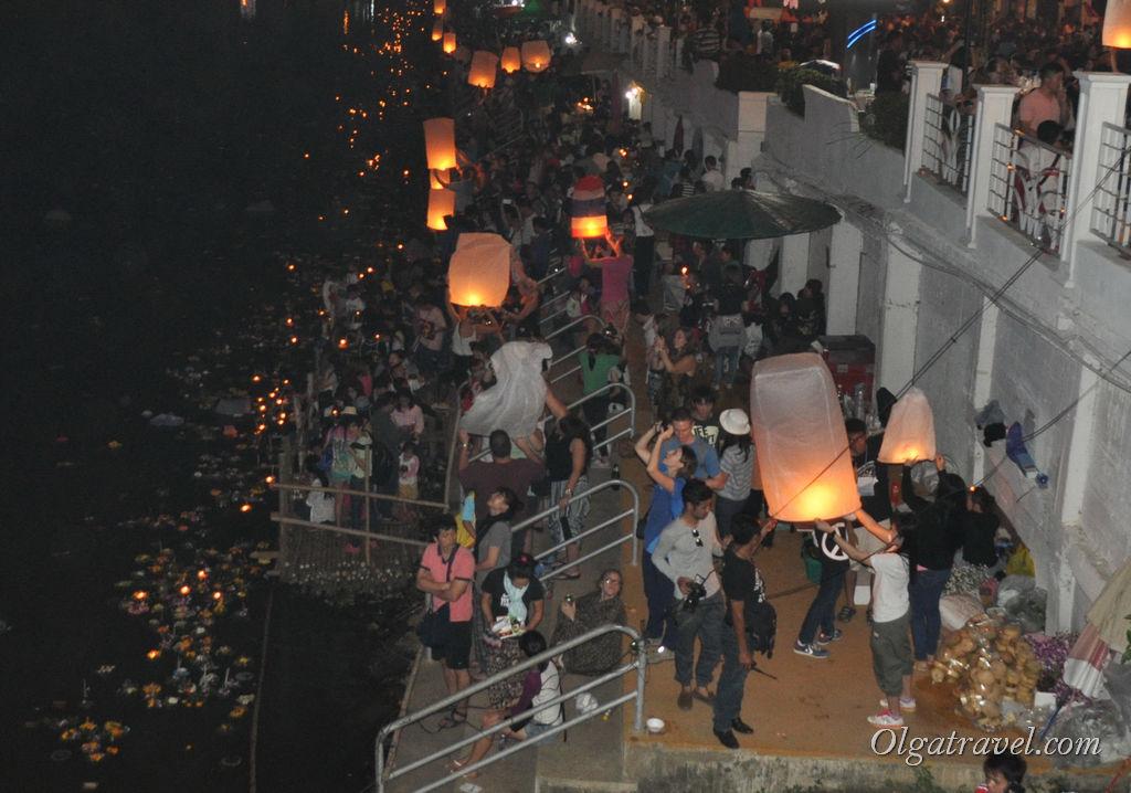 Chiang_Mai_Loi_Kratong_44-1