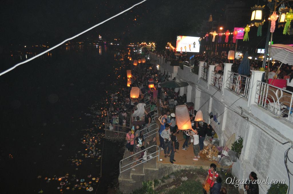 Chiang_Mai_Loi_Kratong_44
