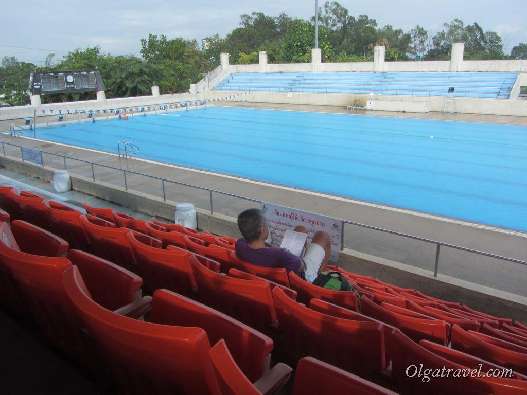 бассейн в Чианг Мае