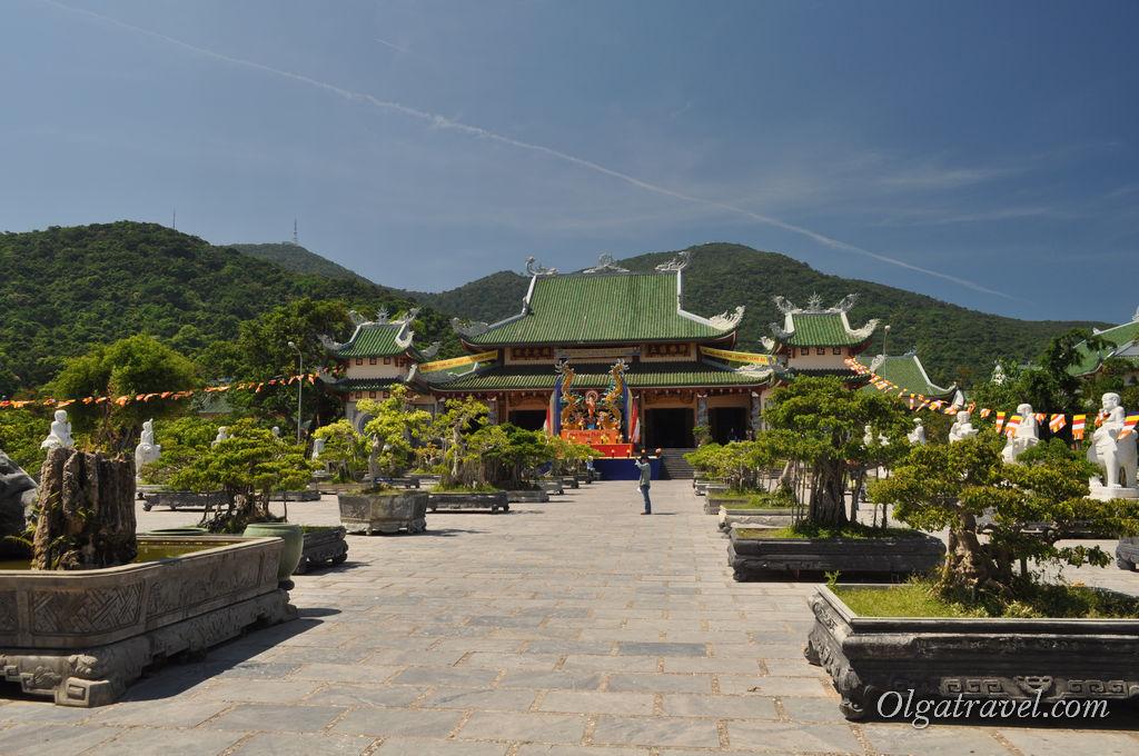 Храм Лин Унг Дананг