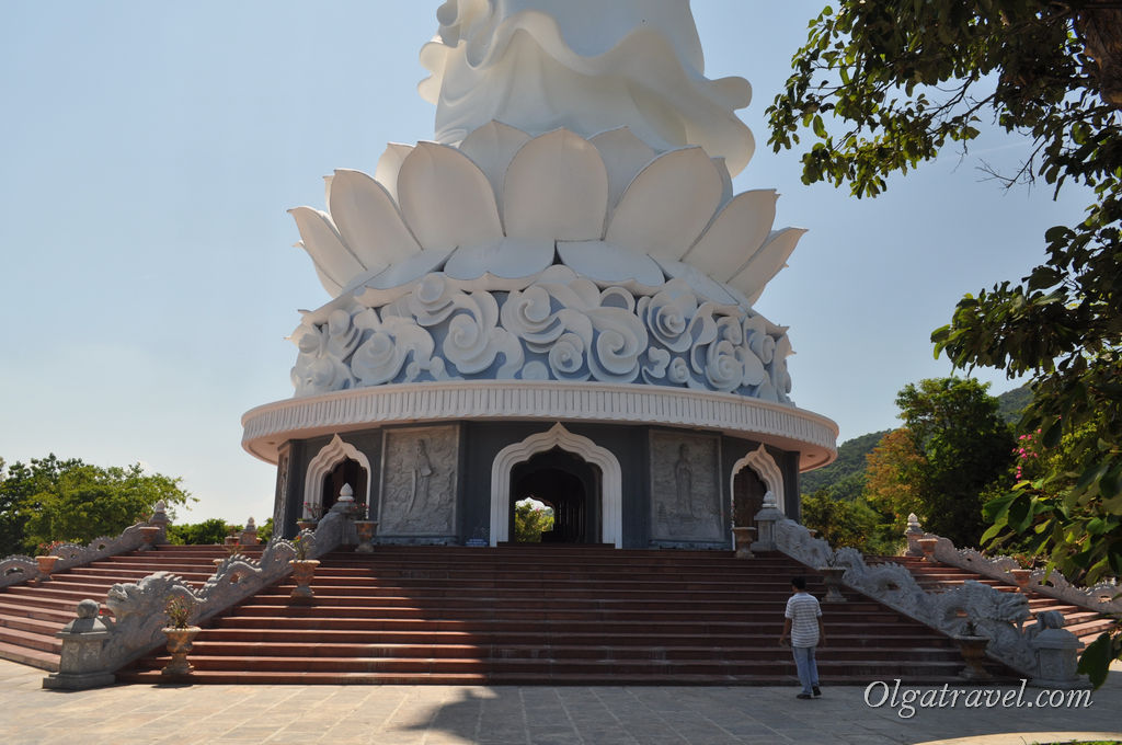 Лади Будда Дананг