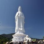 Статуя Леди Будда в Дананге и храм Лин Унг