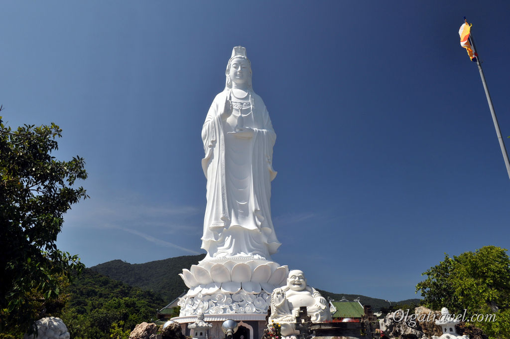 Леди Будда в Дананге