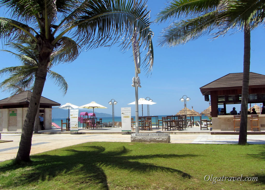 Holiday Beach Da Nang
