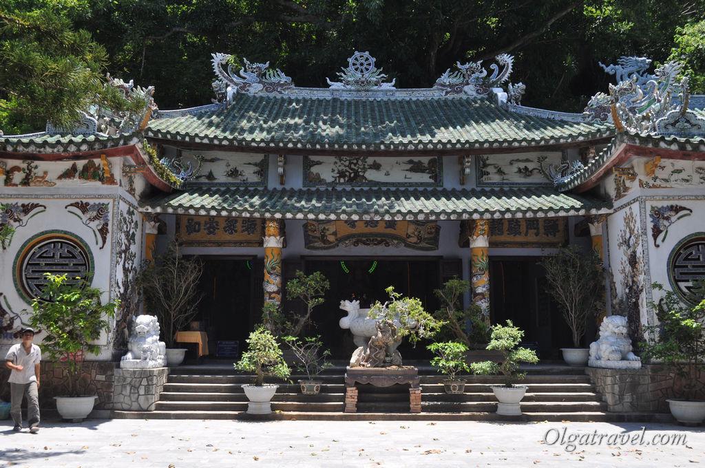 мраморные горы храм