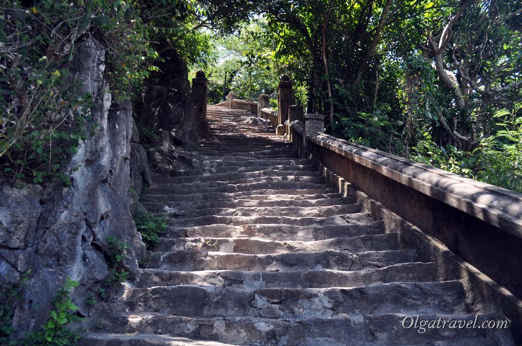 мраморные горы Дананг