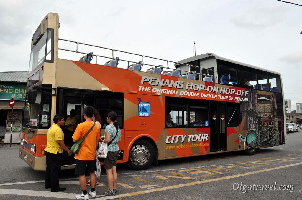 Туристический автобус на Пенанге