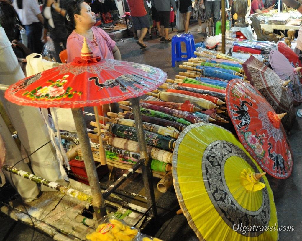 Chiang_mai_sunday_market_23