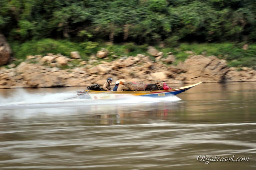 быстрая лодка по Меконгу
