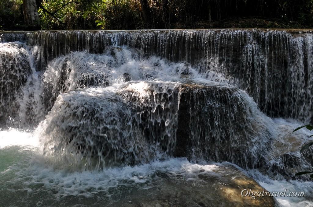 Laos_kuang_si_waterfall_21