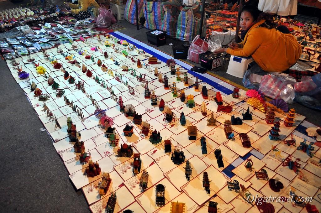 вечерний рынок Луанг Прабанг