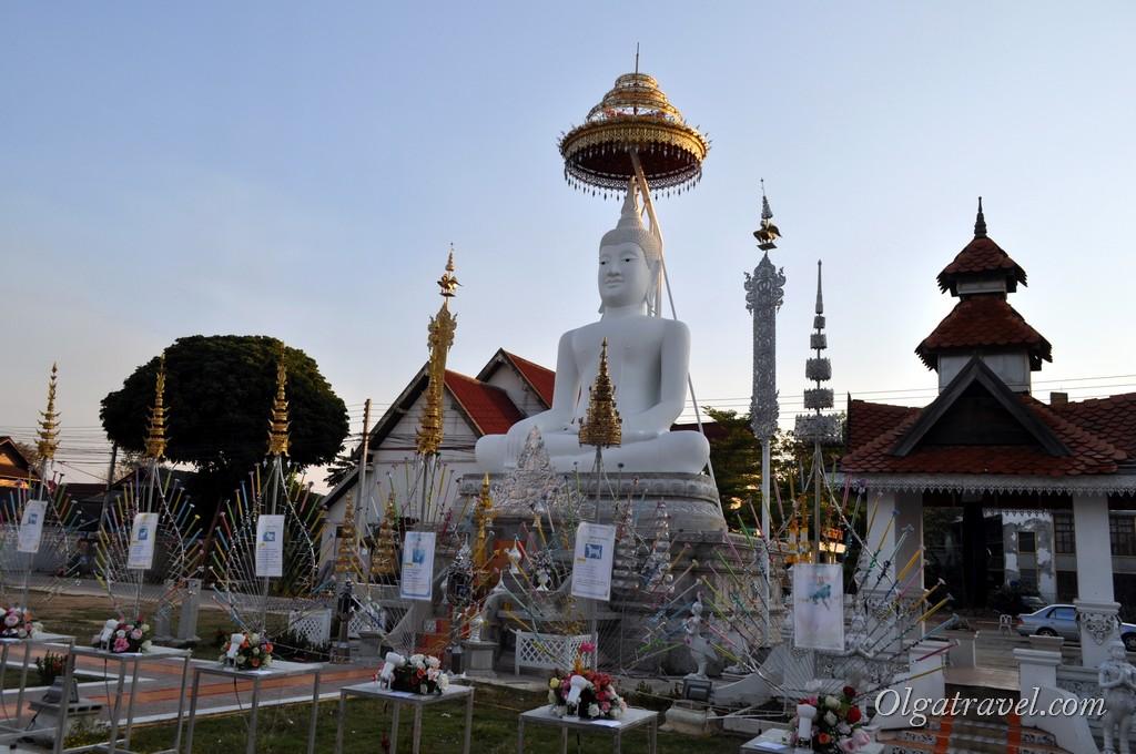 храмы Лампанга