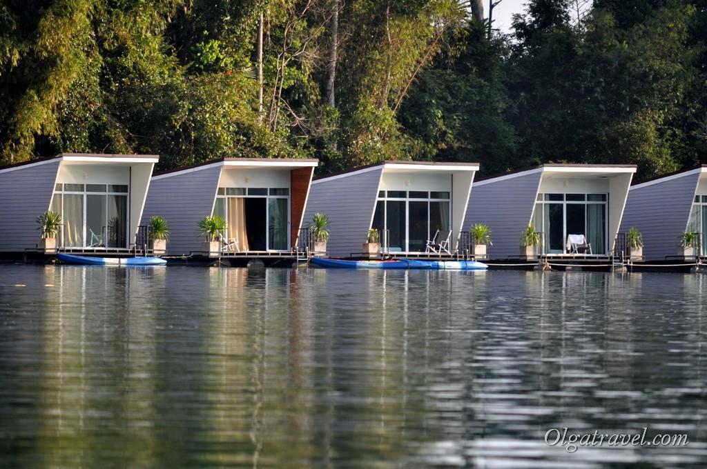 Cheow_Lan_lake_bungalow_3