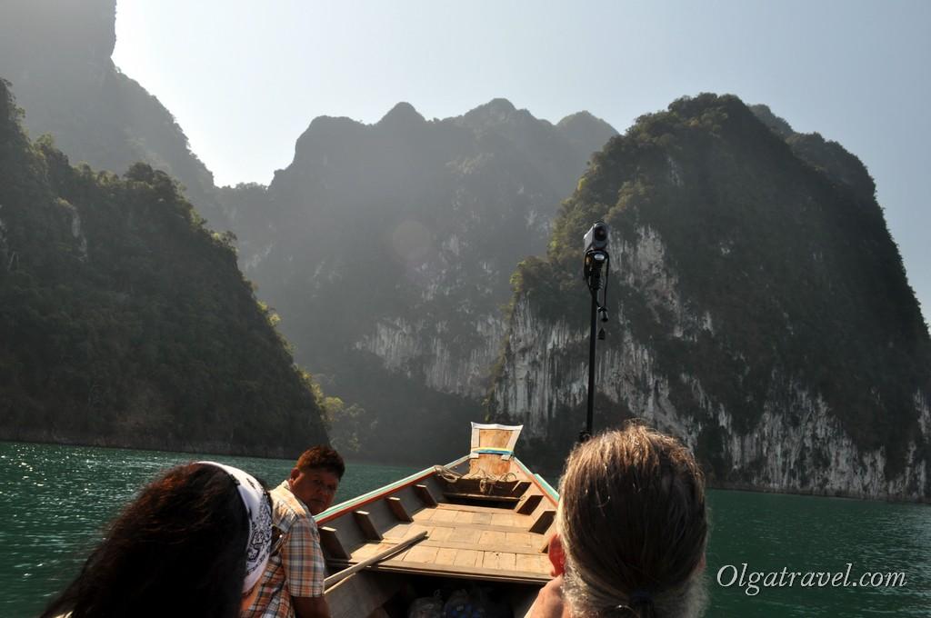 на лодке по озеру Чео Лан