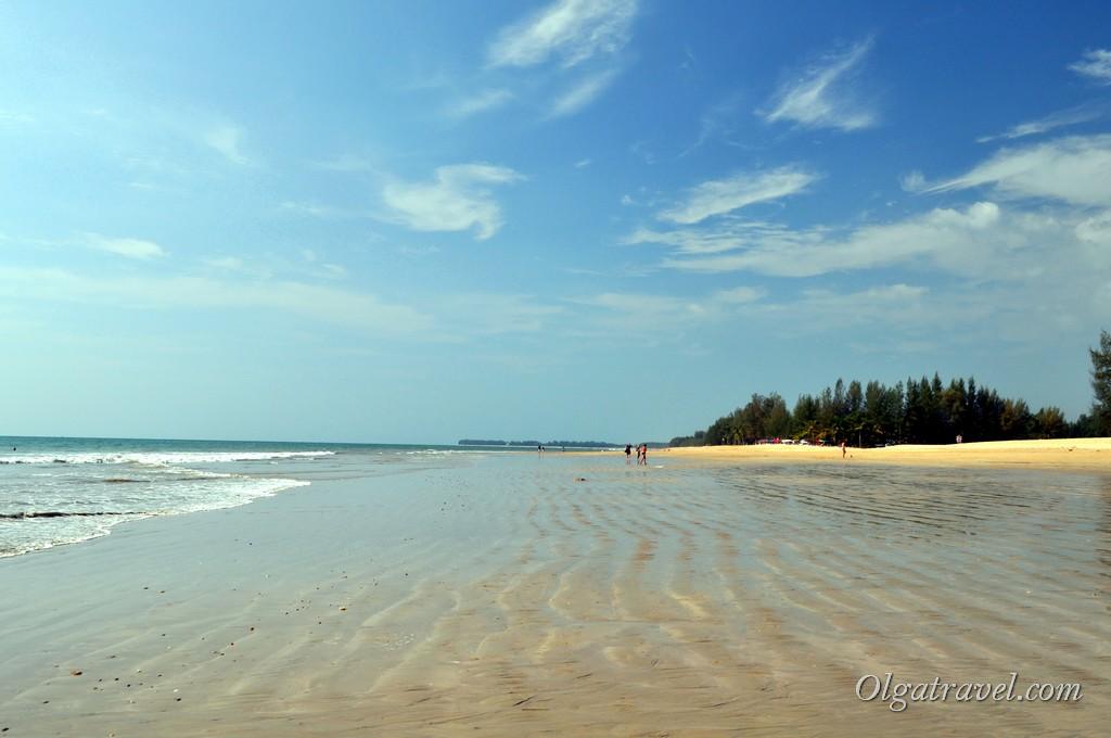 пляж в Као Лак отлив