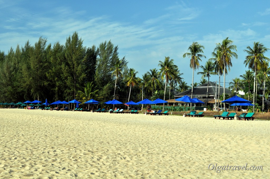 •Khaolak Blue Lagoon Resort