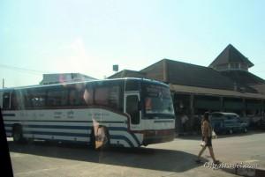 автобусы в Као Лак