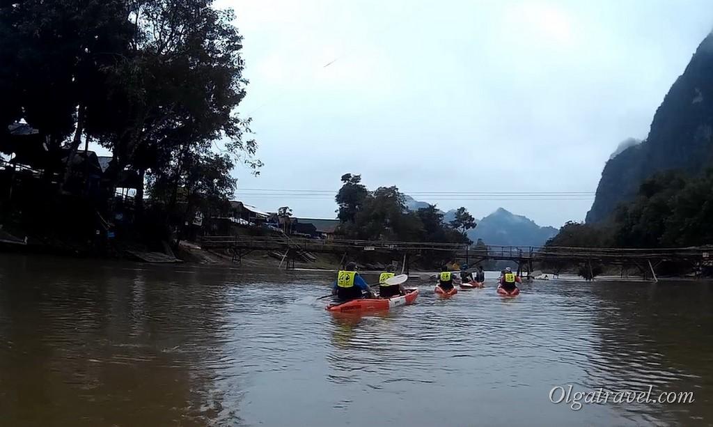 Laos_Vang_Vieng_kayaking_25
