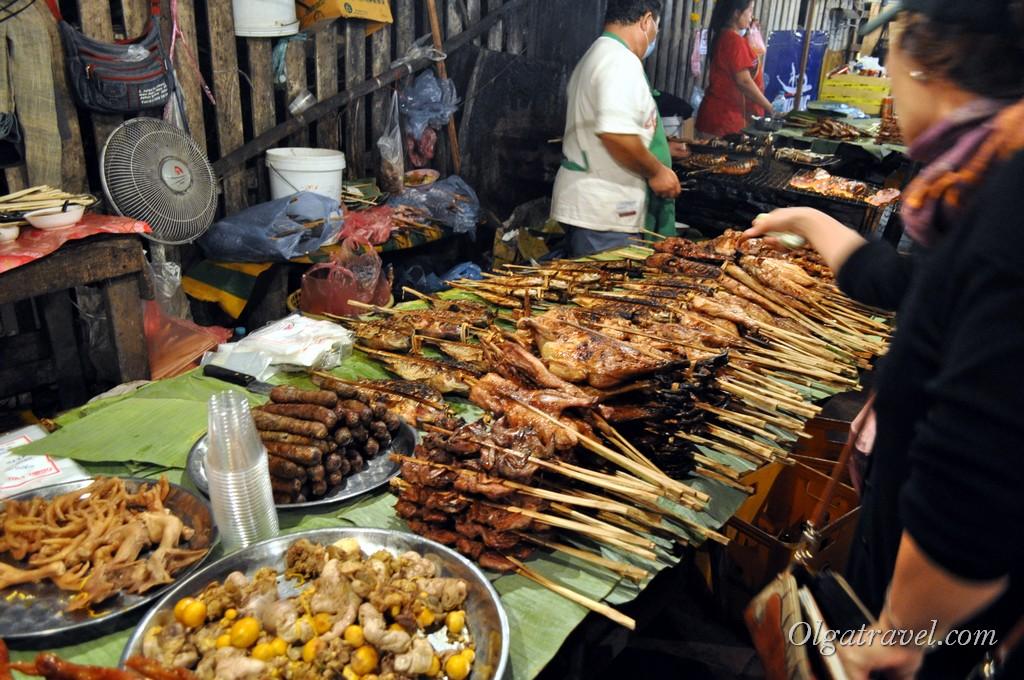 еда в ЛуангПрабанг