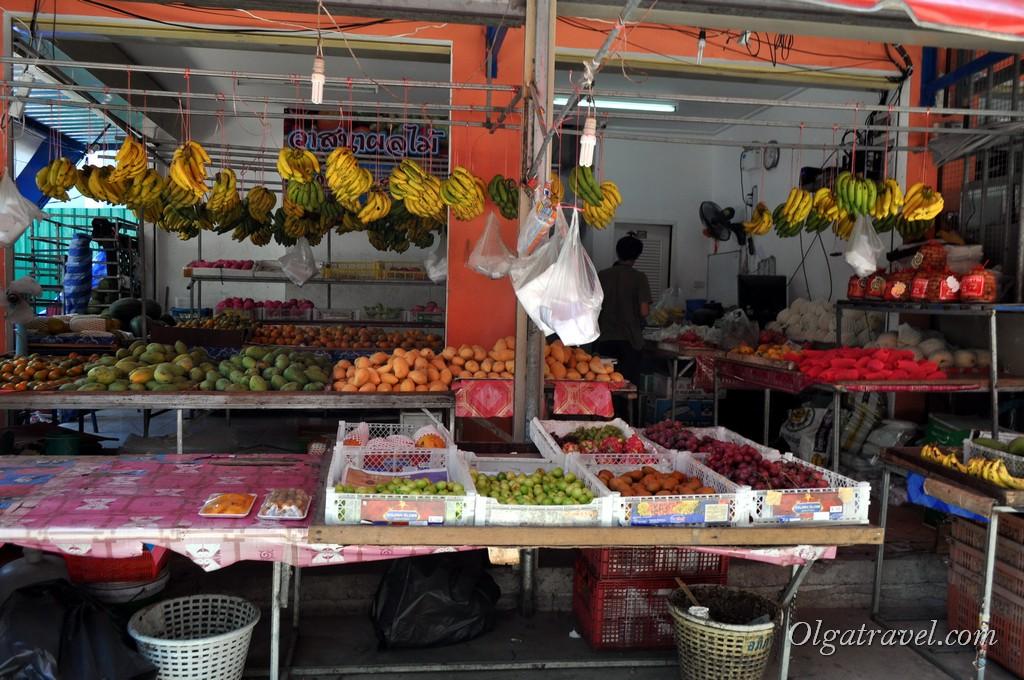 рынок на Пхи Пхи фрукты