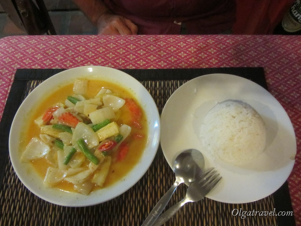 Еда и цены Пхи Пхи