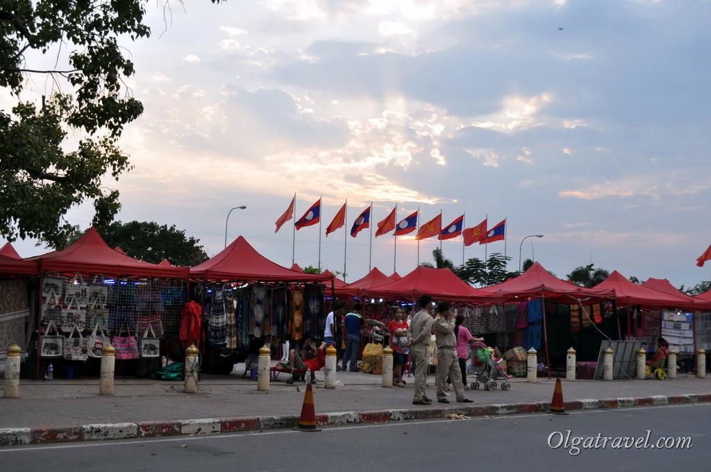 ночной рынок Вьентьян