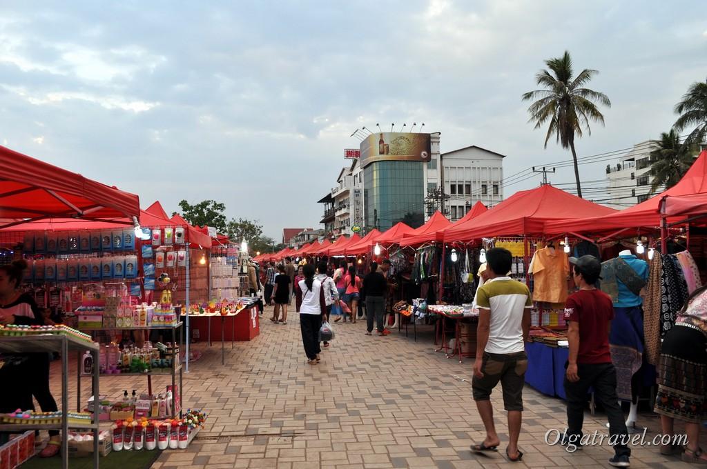 рынок во Вьентьяне