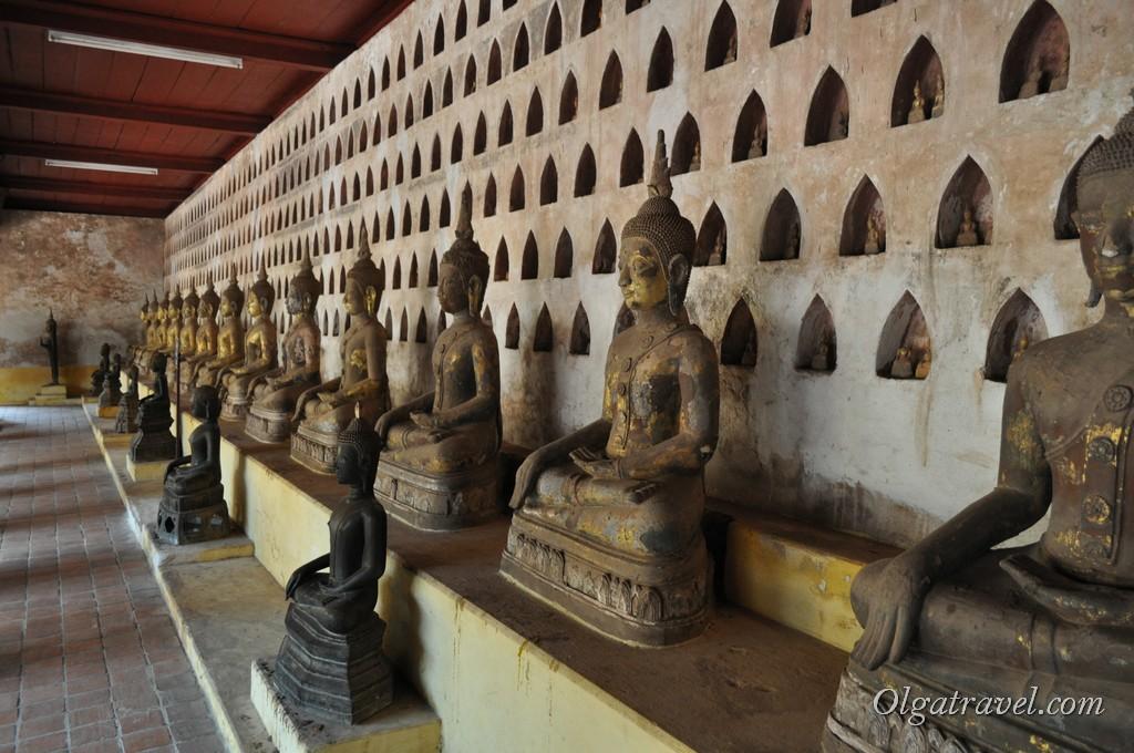 Ват Сисакет Лаос