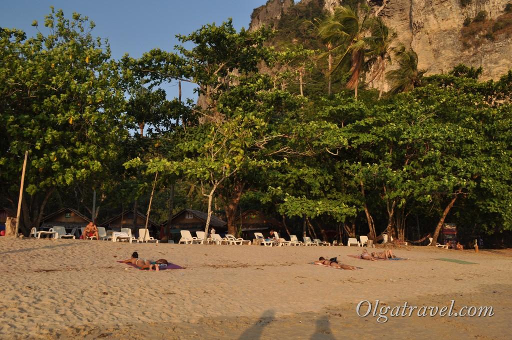 krabi_ao_nang_beach_19
