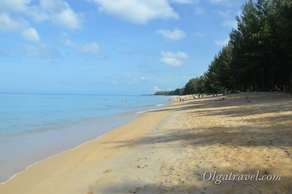 Пляж возле отеля Grand West Sands Resort