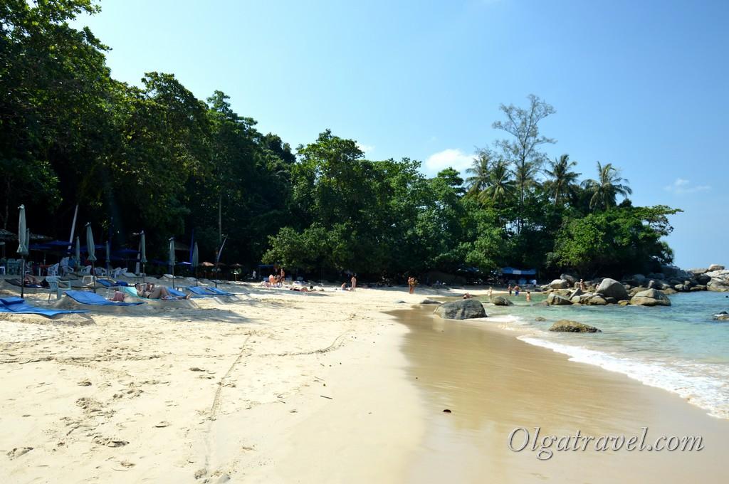 Phuket_Laem_Singh_Beach_12
