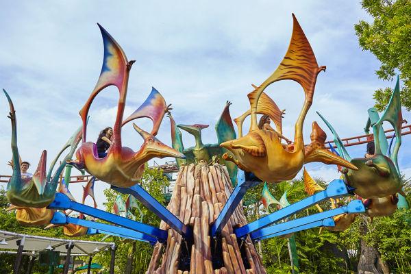 Карусель Dino-Soaring - фото с официального сайта