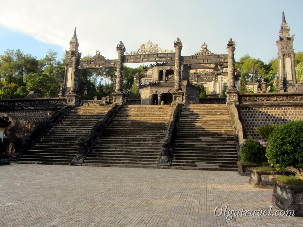императорские гробницы Хюэ