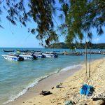 Пляж Равай на Пхукете – некупабельный пляж с отличной инфраструктурой